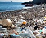 Captan océanos más de 200 kilos de basura cada segundo