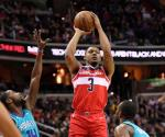 Wizards asegura su lugar en playoffs al vencer a Hornets