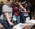 Apoyan programa y avance de latinas