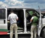 Capturan a 11 indocumentados centroamericanos, en autobús