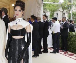 Lucen famosos sus mejores looks en la Gala Met