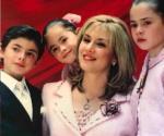 Recuerda Peña Nieto a Mónica Pretelini, madre de sus hijos
