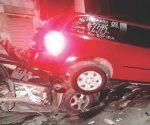 Se impacta contra 4 autos estacionados en Nuevo Laredo