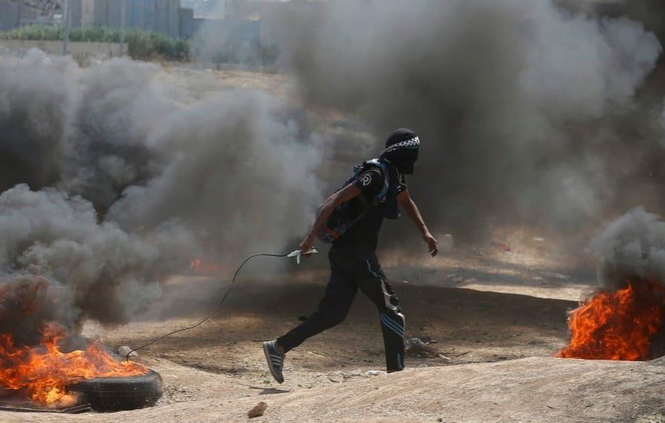 Está previsto que las protestas vayan en aumento a lo largo del día, el 70 aniversario de la creación de Israel, mientras los altavoces de las mezquitas de Gaza llaman a los palestinos a sumarse a la llamada Gran marcha del retorno. MOHAMMED SALEM REUTE