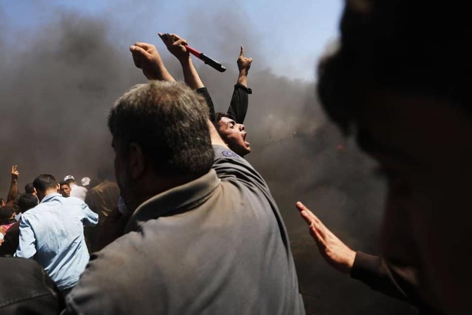Palestinos protestan en la franja de Gaza, el 14 de mayo de 2018. SPENCER PLATT GETTY IMAGES