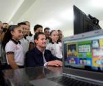 """Reforma educativa, """"la de mayor respaldo"""", dice Peña Nieto en Día del Maestro"""