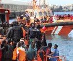 Rescatan a 43 inmigrantes en aguas españolas