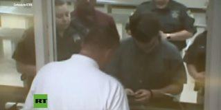 El supuesto autor de la matanza en una escuela de Texas comparece ante el juez