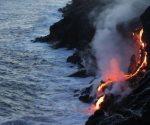 Lava del Kilauea alcanza el Pacífico