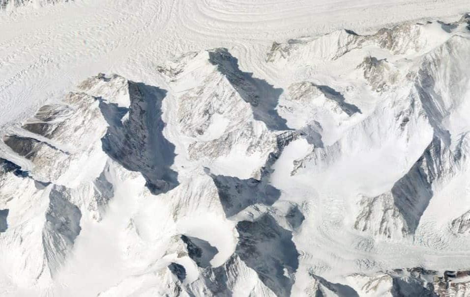 La cordillera de Karakoram en Pakistán presenta la mayor concentración de picos de 8.000 metros en la Tierra.