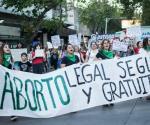 Pañuelazo a favor del aborto legal, en Argentina