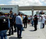 Trastoca bloqueo las exportaciones. Paralizan actividades en puente de Nuevo Laredo