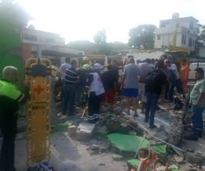 Cae loza sobre tres personas en Tampico