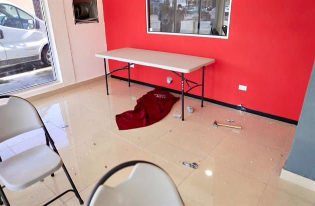 Denuncian agresión a oficina de Morena. Ataque ocurrido en Nuevo Laredo