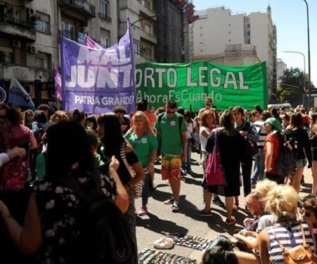 Un decreto de Urtubey niega el aborto a una nena violada