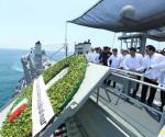 Preside EPN el Día de la Marina. Recuerdan a marinos caídos en guerra