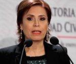 Rosario Robles se asoma de nuevo