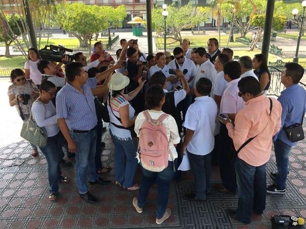 Protestan periodistas, exigen paz y libertad de expresión