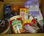 Colectan alimentos para los necesitados