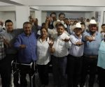 Abandonan PRI en Soto la Marina y se suman al Frente por México