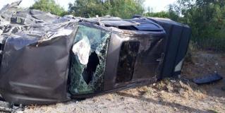 Miguel Alemán: Fuerte accidente carretero arroja una pareja lesionada