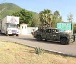 Dispersan material electoral a distritos. Parten con boletas camiones custodiados