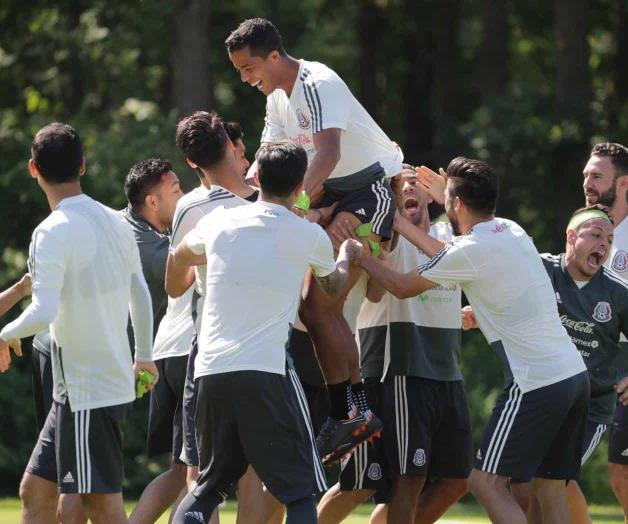 'Chicharito' aclaró el tema de la fiesta de la Selección Mexicana