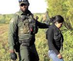 Descubren a 8 inmigrantes