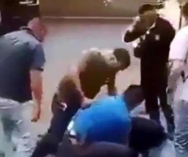 VIDEO: Policías de Edomex someten a trailero hasta dejarlo inconsciente