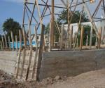 Instala SP muros de contención para proteger torres de alta tensión