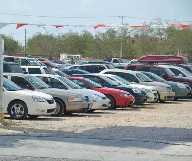 Entran 300 vehículos con pedimento falso