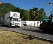 Parten con boletas camiones custodiados