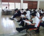 Aplican en alumnos evaluación Planea