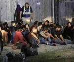 Detectan 55 ilegales en una caja de tráiler