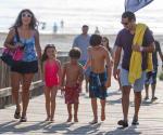 Exhortan a papás cuidar a niños en la Isla del Padre