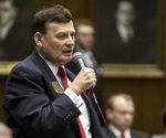 Republicanos piden al legislador David Stringer renunciar a cargo en EU