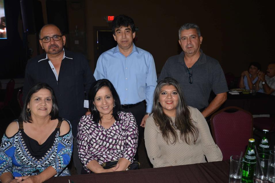 Sergio Morales, Marisela Morales, Melesio Pérez, Amada de Morales, Hugo Morales y