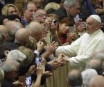 Papa Francisco fustiga explotación de mujeres