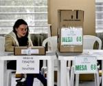 Inicia votación en Colombia para la segunda vuelta presidencial