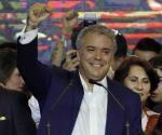 Aventaja Iván Duque segunda vuelta en Colombia
