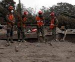 Suspenden búsqueda de víctimas del volcán en Guatemala