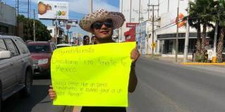 Pierde apuesta en Reynosa y paga..¡vestido de mujer!
