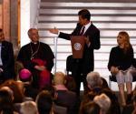 Inaugura Peña Nieto exposición del Vaticano