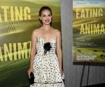 Presenta Natalie Portman documental Eating Animals