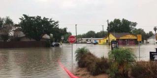 Lluvias provocan severas inundaciones en Texas