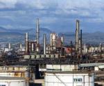Cae 24% producción de gasolinas
