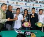 Va ´Pollita´ a pelea de box en Colima