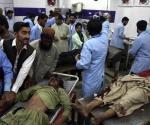 Suman 128 muertos en ataque suicida, en Pakistán