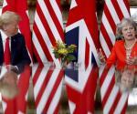 Contradictorio D. Trump en visita a Theresa May