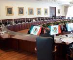 Revisa Peña Nieto con gabinete compromisos y procedimiento de cambio de los poderes